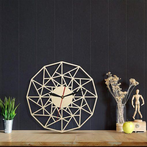 Horloge murale bois Design dans le salon