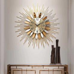 horloge design acier salon