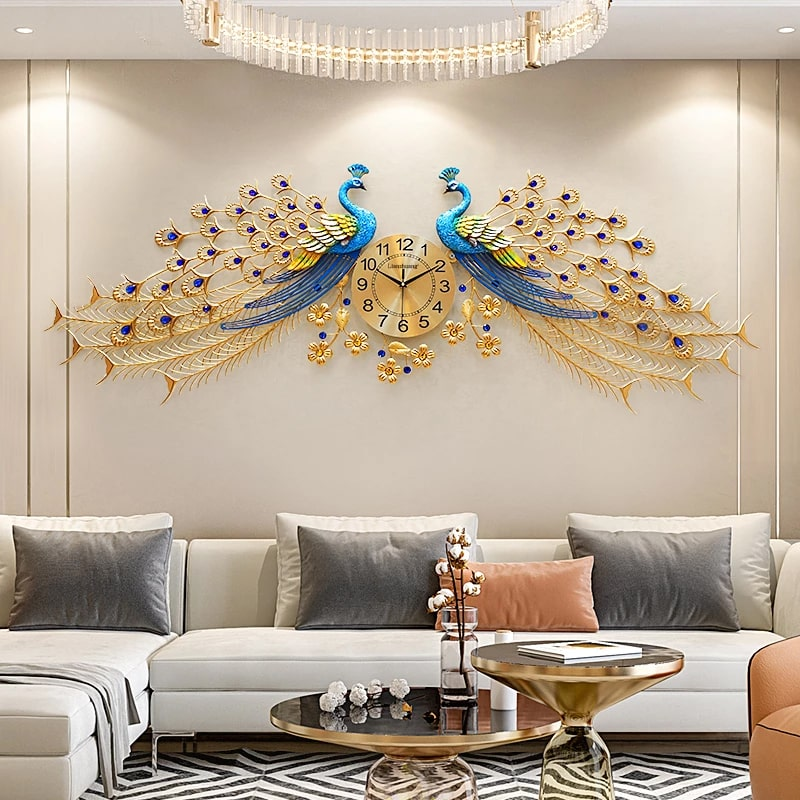 Design horloge murale géante dans un salon moderne