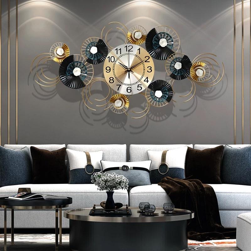grande horloge design murale salon moderne