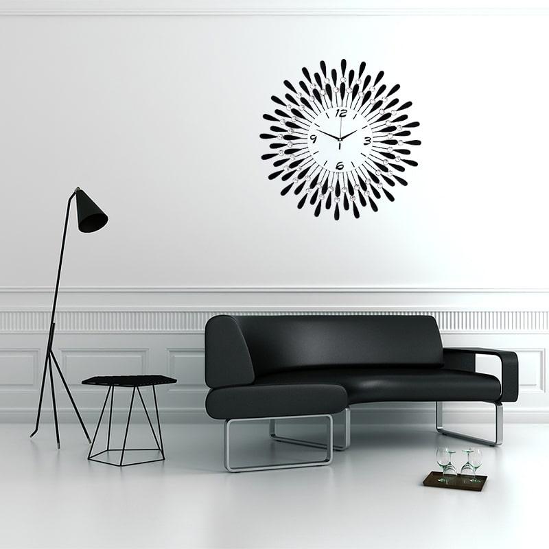 Horloge murale de luxe dans un salon moderne