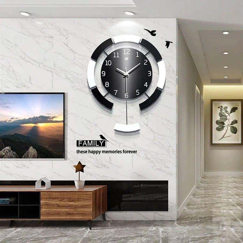 Horloge murale decorative dans un salon moderne