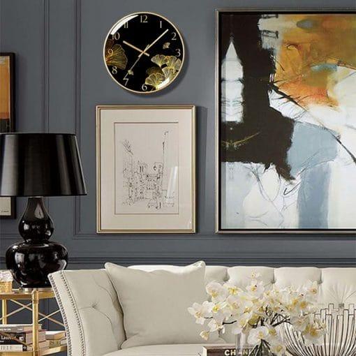 Horloge murale verre design dans un séjour luxueux