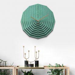 Horloge murale scandinave 3D avec les aiguilles en bois