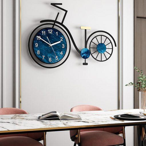 grosse horloge murale velo originale