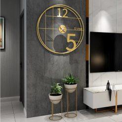 Horloge murale au style industriel