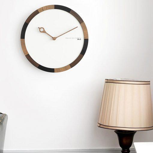 Horloge murale en bois au style scandinave