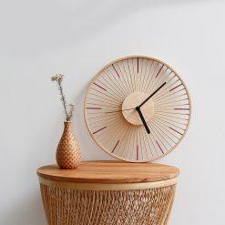 Horloge murale en bois au style vintage et original