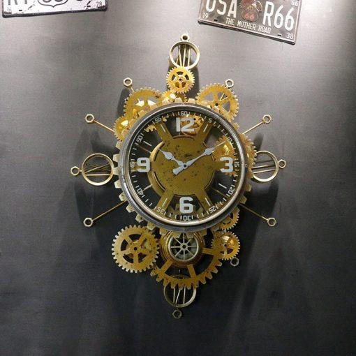 Horloge en métal au style rétro et industriel